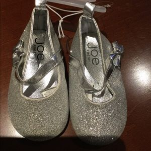 Joe Fresh Silver Shoes Size:4